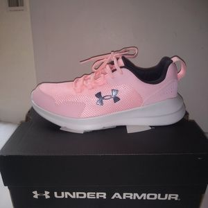 Under Armour Essential Size 5Y Left Shoe Only Boys